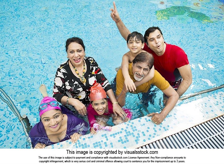 Indian Big Family Bathing swimming pool Hotel havi