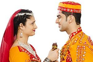 Gujrati Couple Romance Navratri Garba Festival