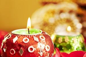 Burning ; Candles ; Celebrations ; Close-Up ; Colo