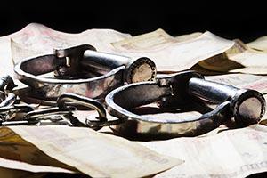 Abundance ; Arrested ; Black background ; Bribe ;